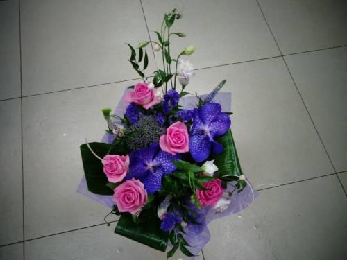 Губка флористическая OASIS - «Весна - пора цветов, ароматов 68